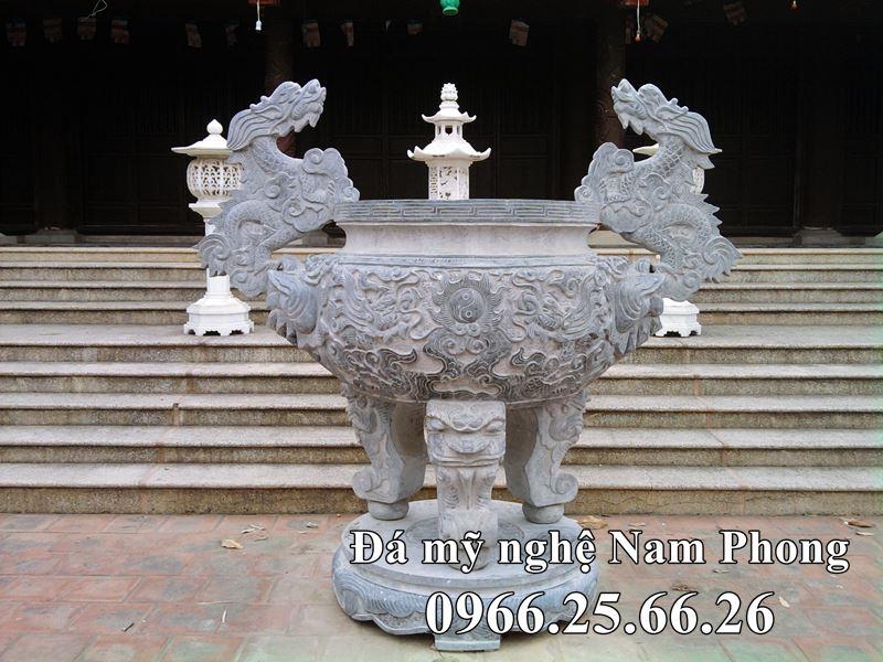 Lư Hương Đá tại Huế