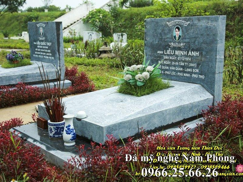 Mộ đá đẹp cho Ông Bà, Cha mẹ tại Hoa Viên nghĩa trang sinh thái tại Hà Nội.
