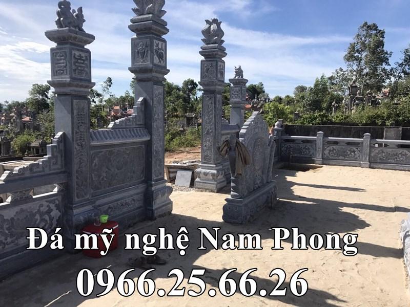 Khuon vien ben trong Lang mo da tuoi